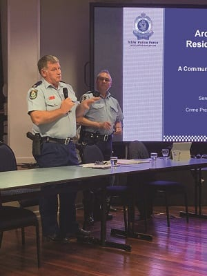 Left: Inspector Neil Higgins Right: Senior Constable Colin Mitchell